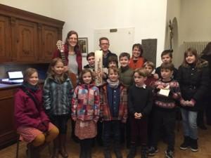 Einige der Kinder aus dem Kindergottesdienstkreis mit den Betreuern Beatrix und Sebastian Mählmann (hinten v.l.) und Initiatorin Elke Eicher
